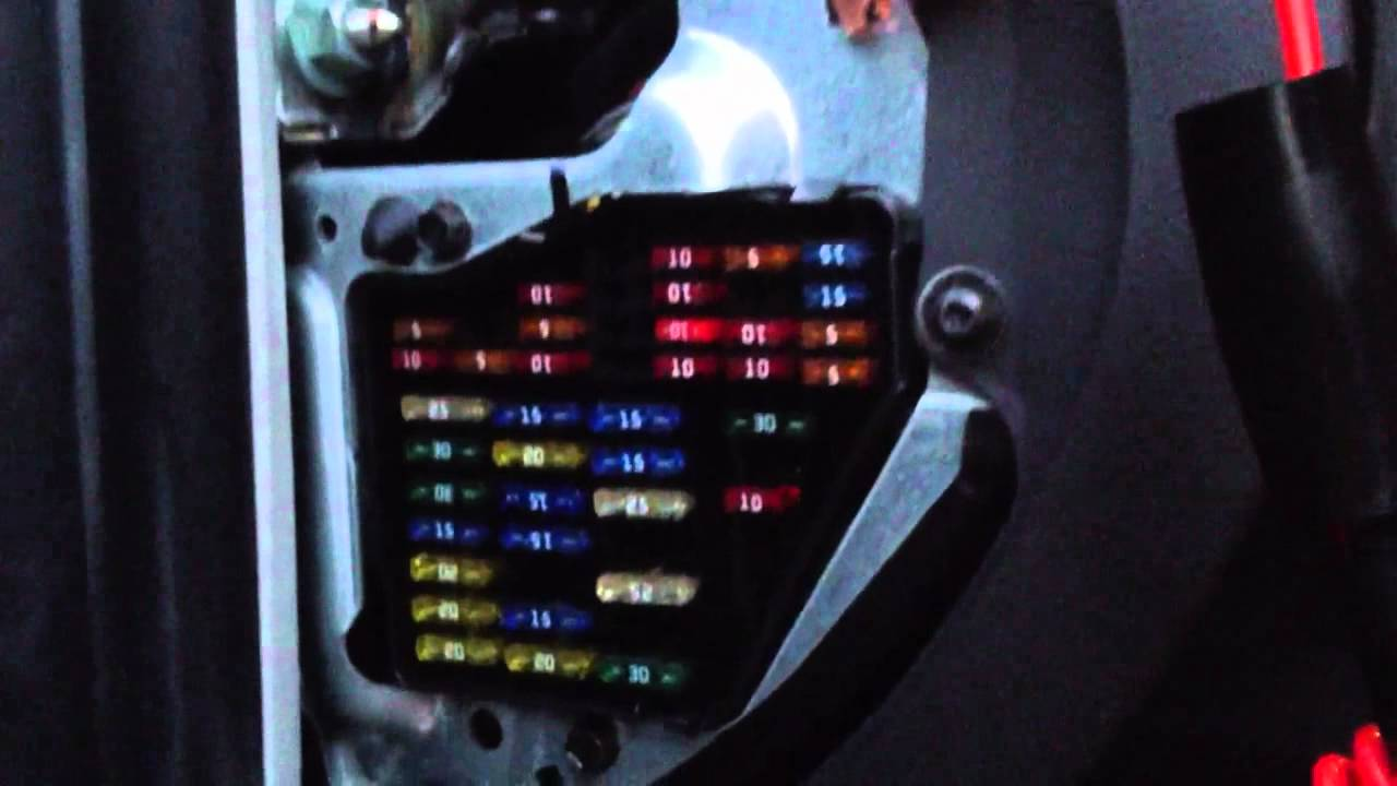 vw golf mk1 fuse box layout [ 1280 x 720 Pixel ]