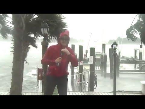 Hurricane Florence starts lashing North Carolina coast