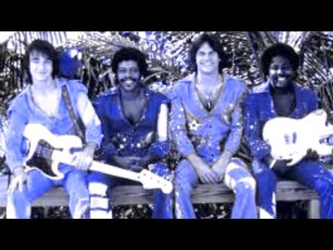 KC & The Sunshine Band GET DOWN TONIGHT Long Version