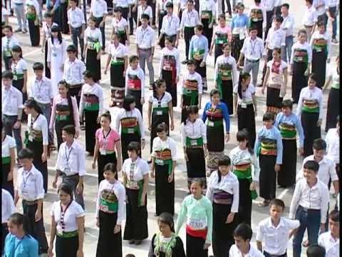 20 năm trường THPT DTNT Tỉnh Thanh Hóa về thành phố (phần 2)