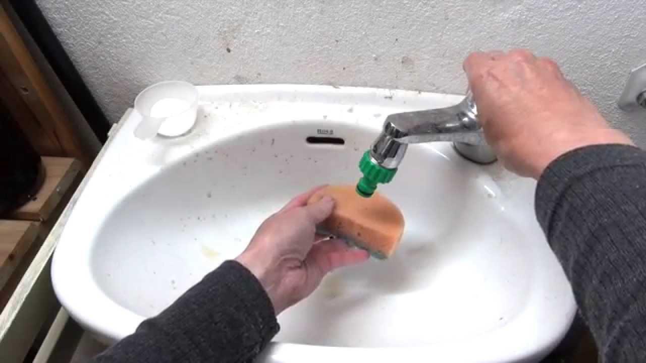 bicarbonato y vinagre para limpiar baños. ecodaisy - youtube - Banos De Tina Con Bicarbonato De Sodio