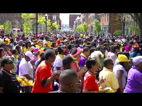 Guinness World Record - The LARGEST Wobble dance consisting of 2,241 participants