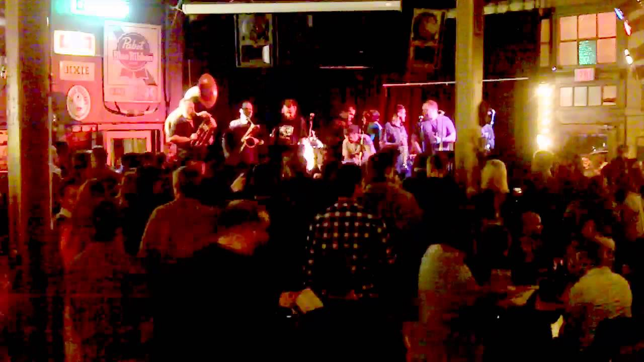 The Mighty Souls Brass Band, Young Avenue Deli, 13 03 02 - Complete Show