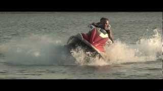 Голубое Озеро (Днепродзержинск, с. Елизаветовка)(Катание на водных лыжах на голубом озере., 2012-07-08T23:12:59.000Z)