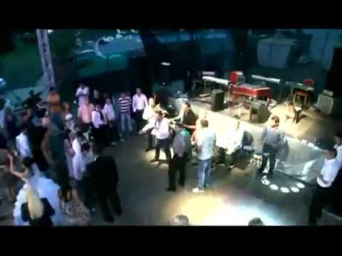 FLORIN SALAM - NEBUNIA LU SALAM 2010 (Video Original ) www.Muzica123.com.avi