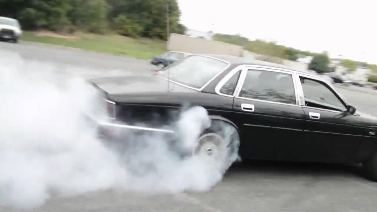 Cash For Clunkers >> Jaguar xj6 burnout - YouTube