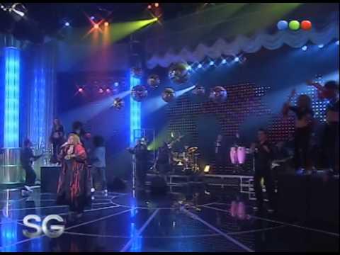 Gloria Gaynor canta Can´t take my eyes off you - Susana Gimenez 2007