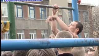 Денис Минин-звезда Интернета и уличного спорта