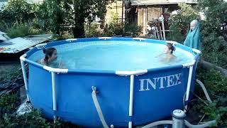 Я и подруга . Синхронное плавание