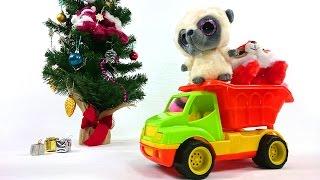 Новогоднее видео для малышей про машинку и Игрушки Юху: Как украсить елку(Новогодний мультик про машинку, которая привезла для Юху и белочки Чиву елочные игрушки и украшения, чтобы..., 2014-12-18T09:12:04.000Z)