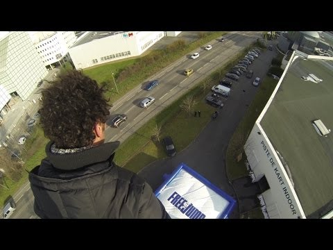 FreeJump  Tomer Sisley à 25m