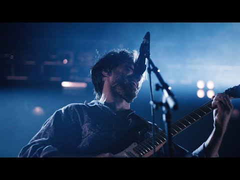 Matt Corby - Better & Miracle Love | Backstage in London (Rainbow Valley Tour)