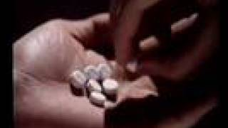 Repeat youtube video [經典政府宣傳片] 1988年 - 禁毒處 (毒品禍害)