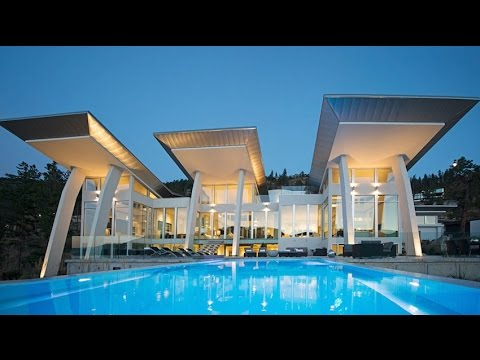 Contemporany Breathtaking Panorama Residence - Kelowna, British Columbia, Canada