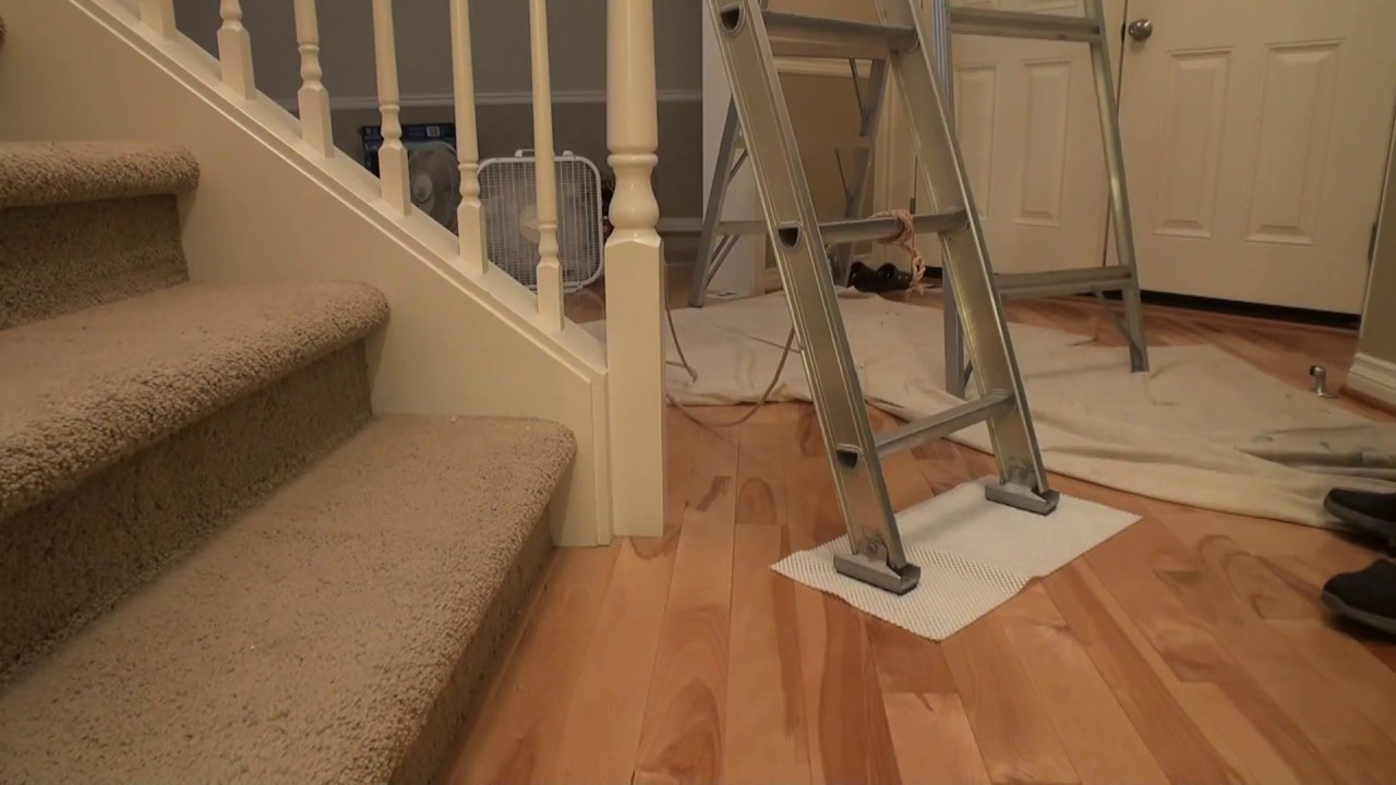 Make Ladder less Slippery on Hardwood Floor