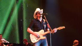 Brad Paisley - Alcohol live at O2 arena 16th March 2014 Country 2 Country
