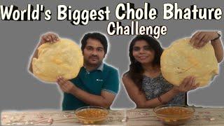 World's Biggest Chole Bhature Challenge   इतने बड़े भटूरे पर चैलेंज आप ने कभी नहीं देखा होगा