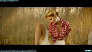 Andreea Banica - Could U (Music Vid...