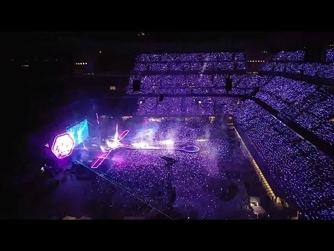 Coldplay - A Sky Full Of Stars Multicam Live @ Milano 3/07/2017 (Full HD 60 fps)