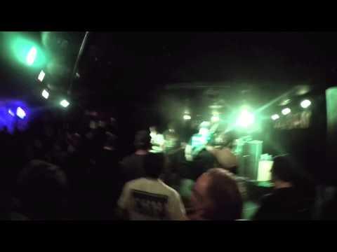 Shai hulud - set your body  ablaze at pub rock