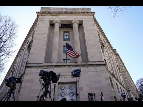 Attorney general reviewing still-secret Mueller report