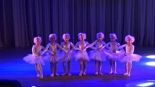 """Танец маленьких лебедей - балетная студия """"Престиж"""""""