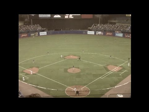 Blue Jays vs. Mets at Olympic Stadium (1970's 8mm)