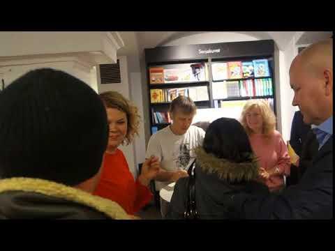 Bruce Dickinson signing session at Suomalainen kirjakauppa, Helsinki 4.12.2017