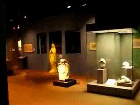 Musee d' Aquitaine - Historic artifacts - Modern multimedia
