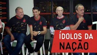 Lançamento da camisa autografada por ídolos do Flamengo
