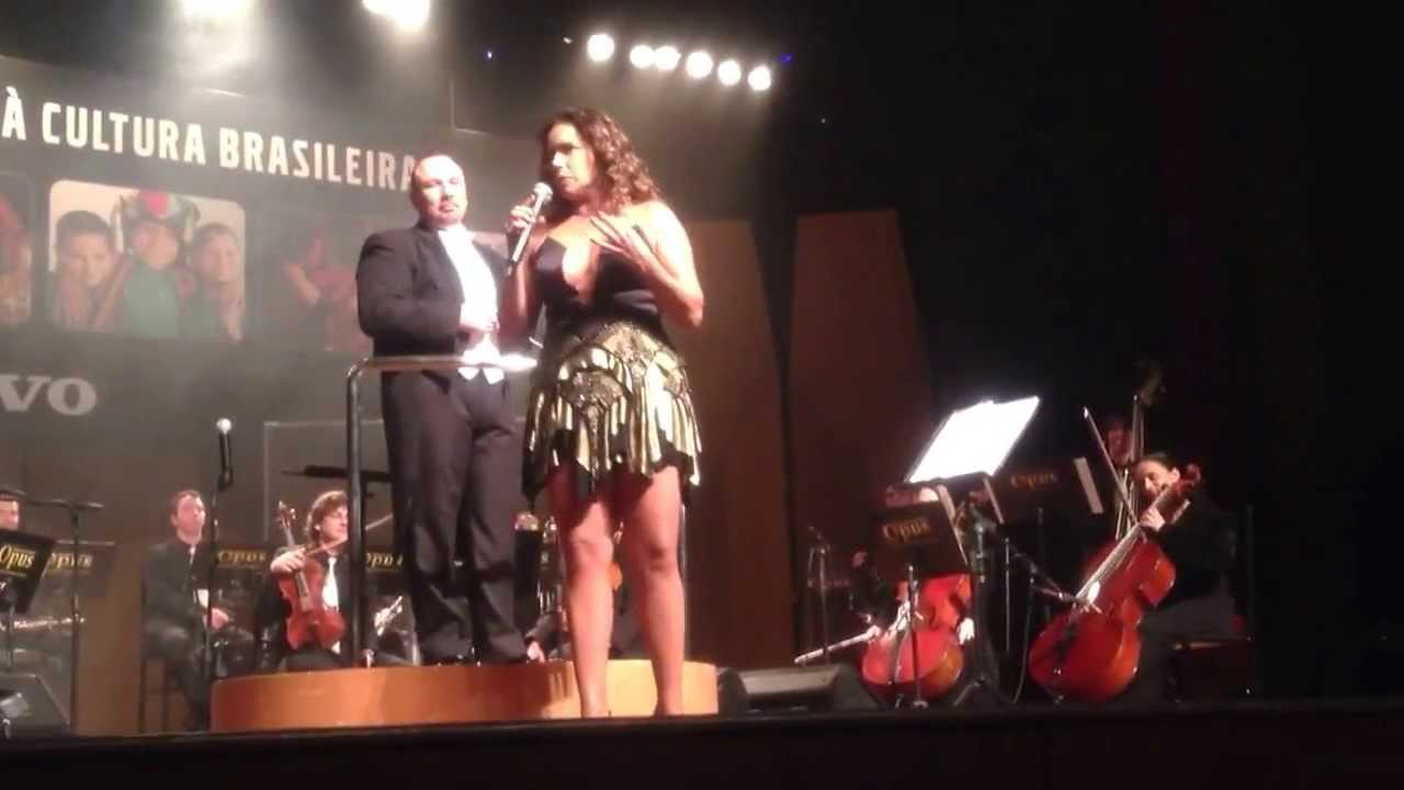 Daniela Mercury Orquestra Opus em Curitiba 26/06/2013