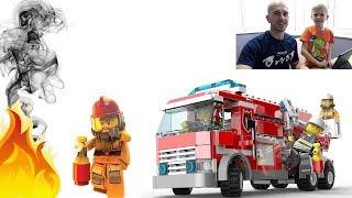 Фото Пожарные Лего Сити. Собираем ПОЖАРНЫЕ МАШИНЫ и тушим огонь. Lego City Games Firefighters