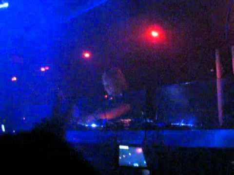 James Zabiela @ Sound-Bar, Chicago // Sept 2nd, 2011 (Part 1/4)