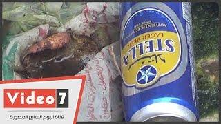 """بالفيديو.. زجاجات """"بيرة"""" وقمامة بمحيط مسجد الصالح طلائع بالدرب الأحمر"""