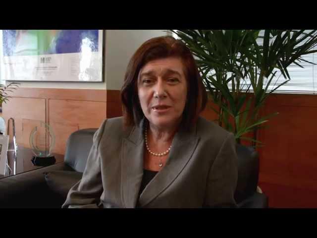 Diretora-geral da ANP, Magda Chambriard, fala ao público na Semana do Consumidor