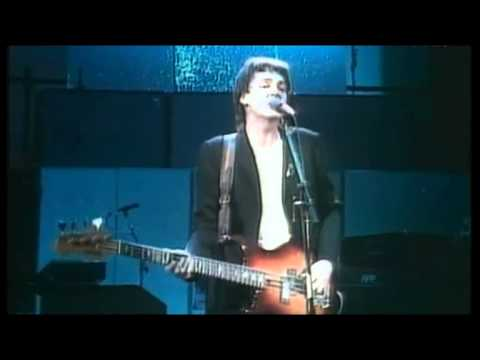 Paul McCartney & Wings - Coming Up [Live] [High Quality]