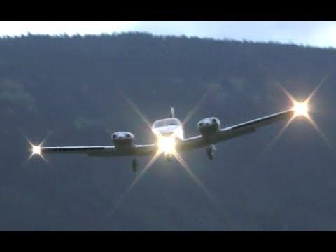 Piper PA-34 Seneca Low Overhead Landing