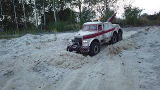 RC AXIAL SCX10 6x6 Kraz-255 wrecker snow plow test