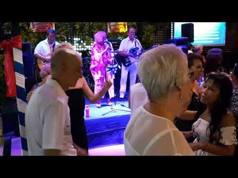 "Kuta  "" STATION ""  Hotel , Live Muziek  HOT NEWS . vrijdag 8 dec. 2017   Kuta  (66)"
