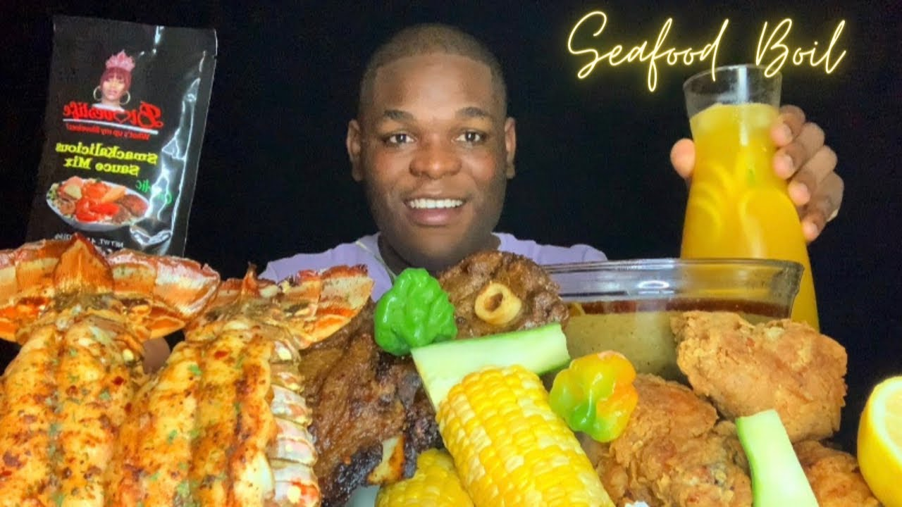 TRYING @Bloveslife NEW SMACKALICIOUS GARLIC BUTTER SAUCE | JUICY LOBSTER TAILS | FRIED CHICKEN