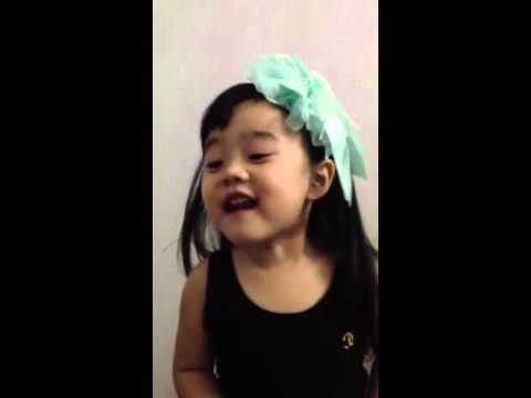 Bé Phương Trang đọc Thơ : Cây dây leo (12/10/2013)