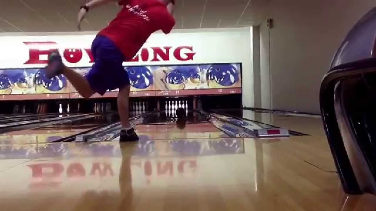 two handed bowling Dexter bowling shoes give every bowler the edge they need to improve their game shop dexter bowling shoes and accessories to get the shoes that the pros wear.