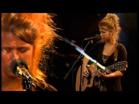 Selah Sue - @3VOOR12 Radio Live (14/05/2009)