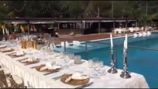 Scurt video al conceptului Marabou Weddings. Contact M: 0786 170 457 T: 0268 340 054 int .113 E: office@dambumorii.ro www.dambumorii.ro.
