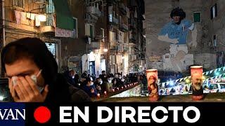 DIRECTO: La gente se reúne en Nápoles para llorar la muerte de Maradona