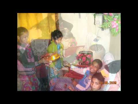 behna ne bhai ki-Raksha Bandhan song(by www.buygiftstoindia.com) - YouTube 12