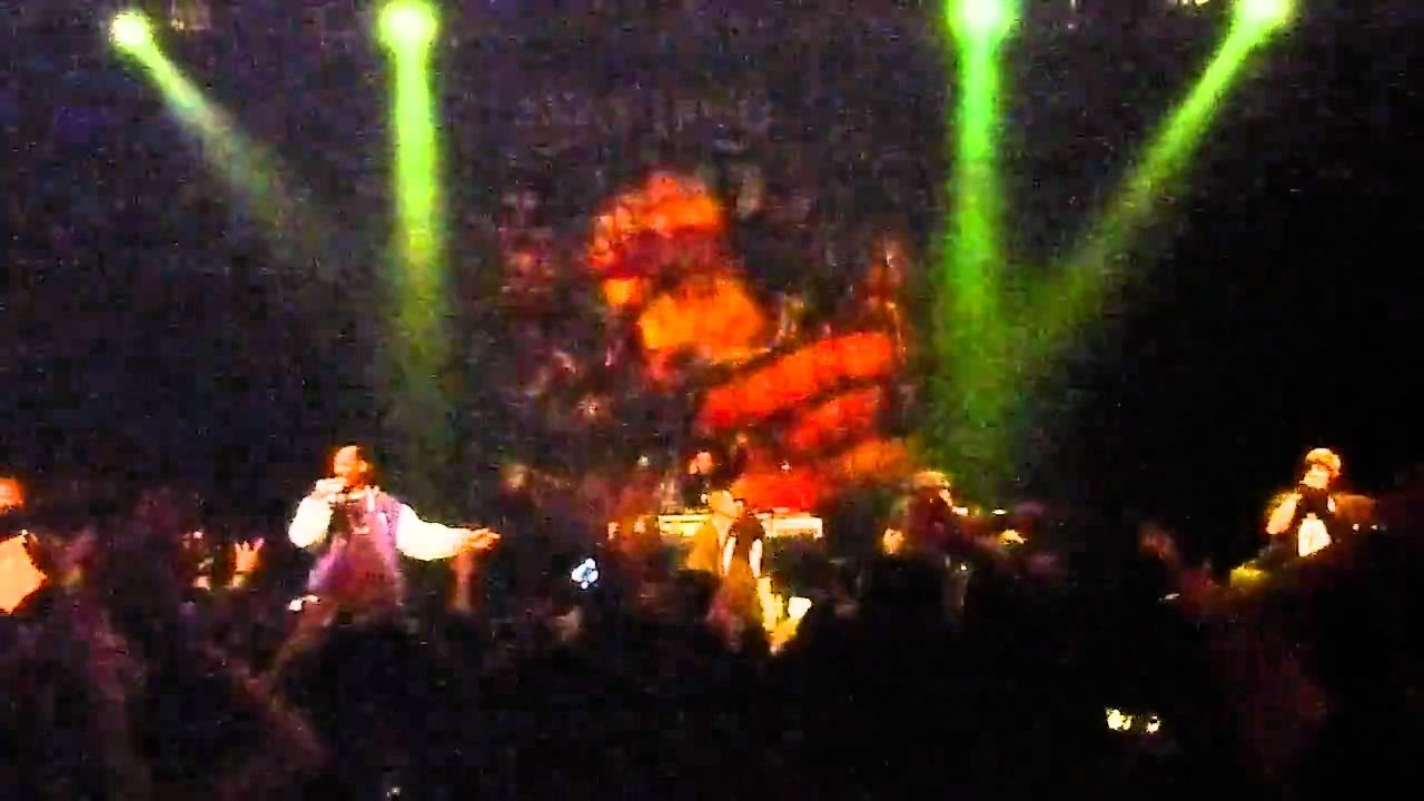 Download Snoop Dogg - Let's Get High + We Can Freak It Live HD Lake Tahoe 1/19/11