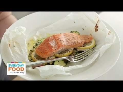 Salmon And Zucchini In Parchment - Everyday Food With Sarah Carey