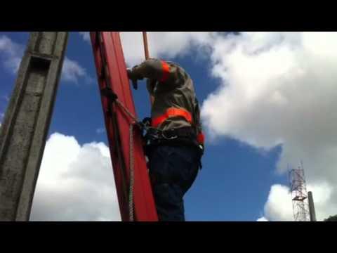 Curso Eletricista de redes de distribuição 15 KV SENAI Sudoeste. de YouTube · Duração:  4 minutos 29 segundos