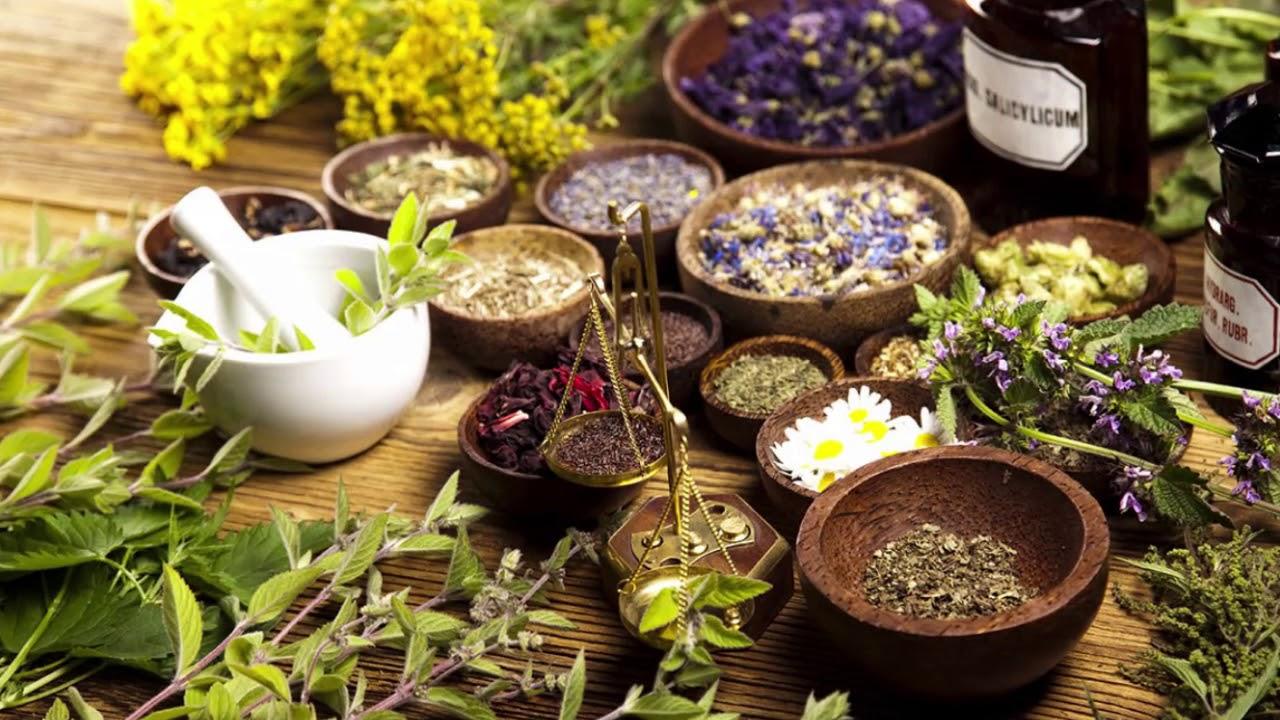 Народная медицина - пользоваться природными средствами нужно с осторожностью и умением